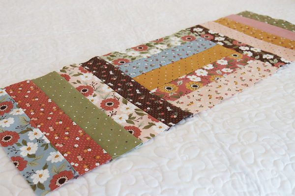 Simple Table Runner Pattern featured by Top US Quilting Blog, A Quilting Life